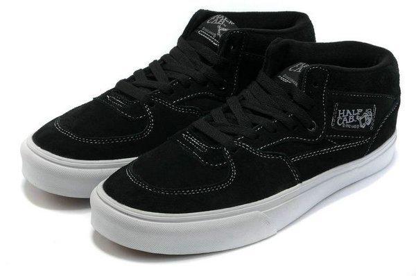 Vans_Half_Cab_Classic_Skate_Shoes_Buy_Suede_Class_Black