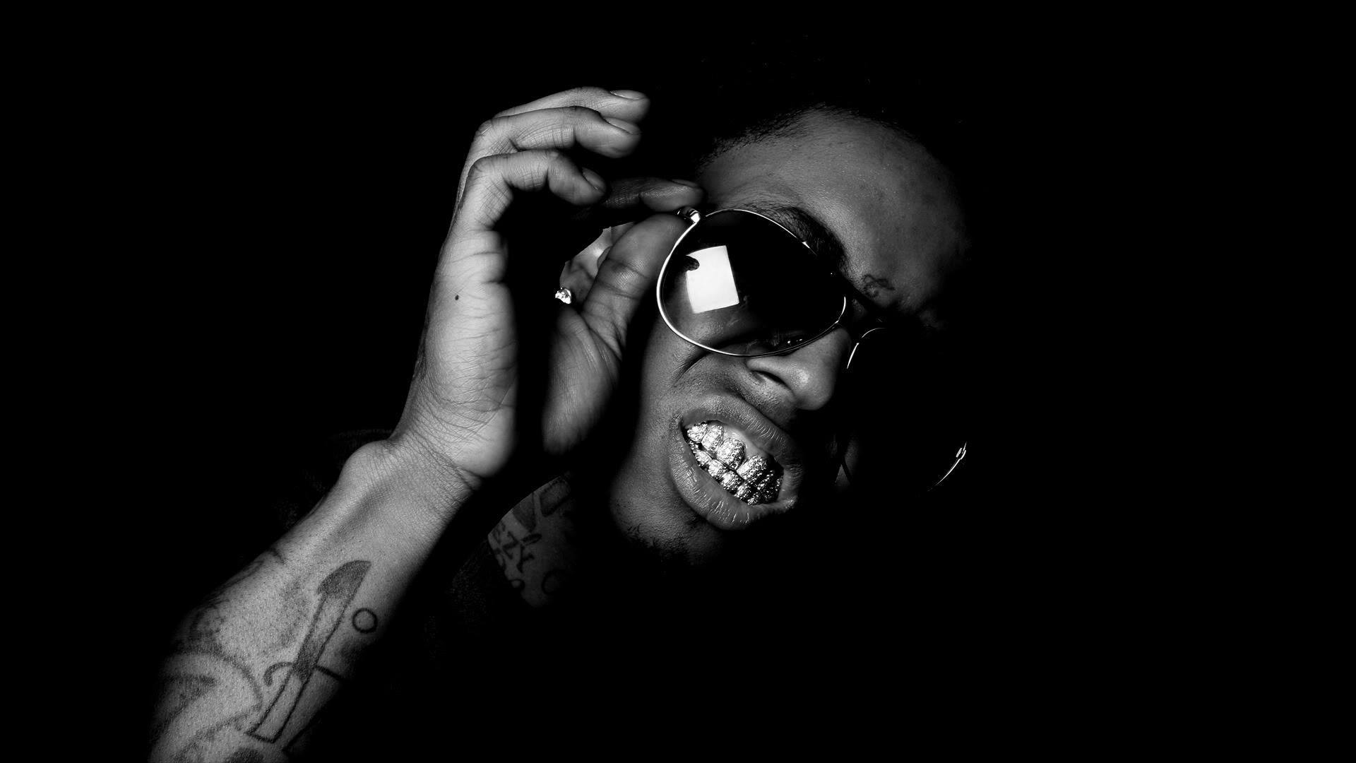 Wayne-glasses